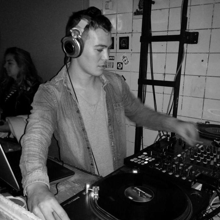 Sander Chan techno DJ at Maschine Eindhoven